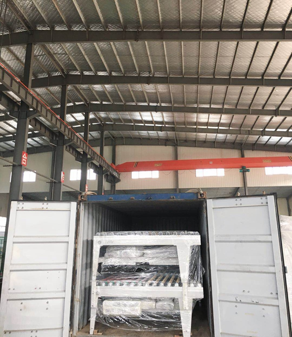 Deliver glass tempering furnace to customer
